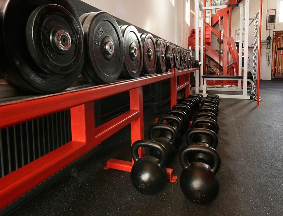 Suelo de gimnasios para salas de peso libre